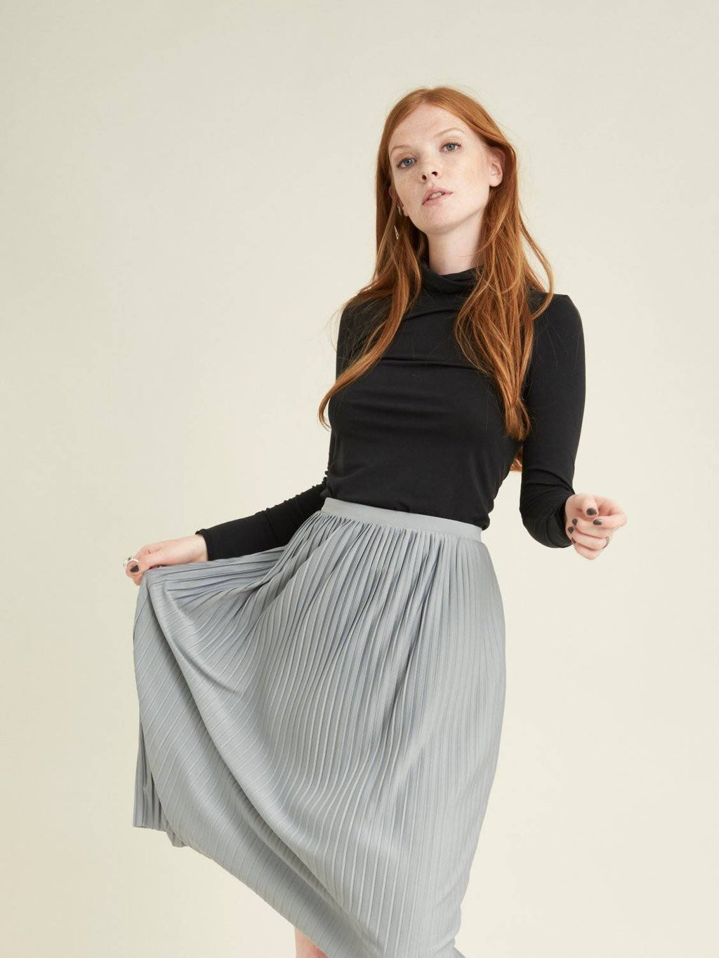 pleated jersey midi skirt with raw edge hem and elasticated waistband