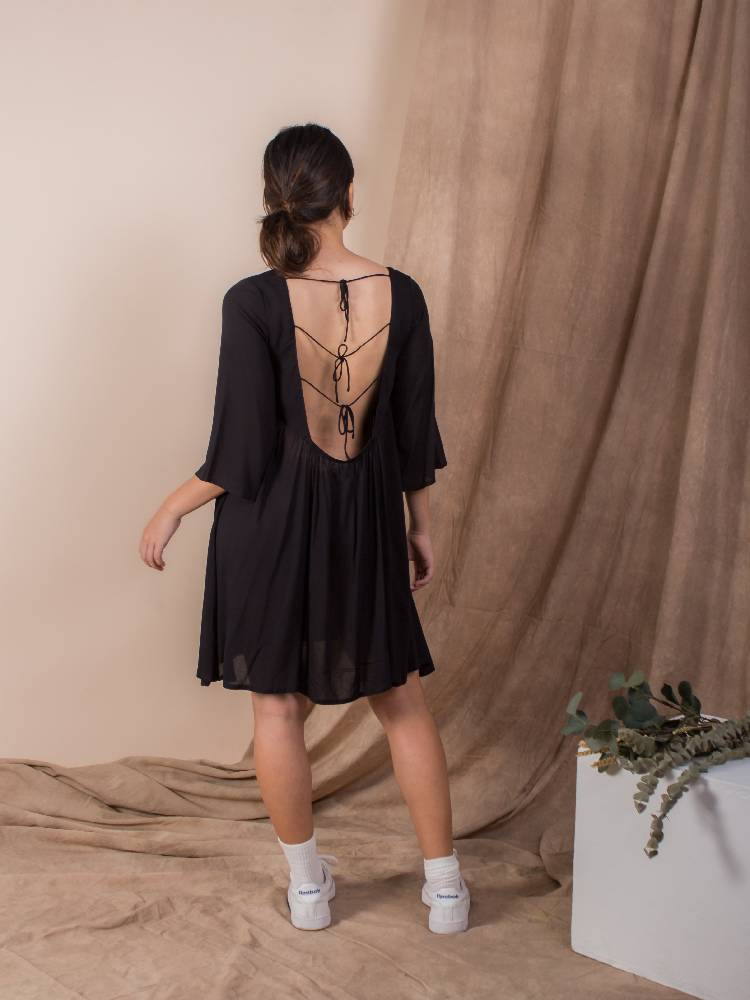 the exposed back bell sleeve dress - jet black
