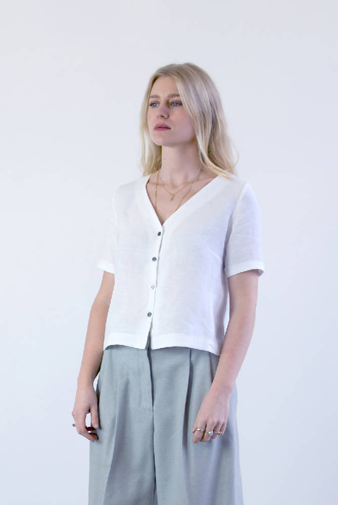 #035 Linen button up shirt - white
