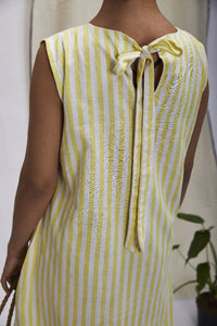 Pintuck around the neckline, back strap dress – Yellow stripes