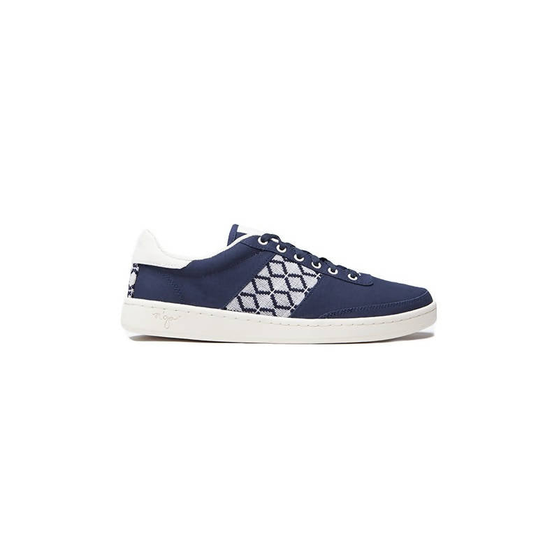 Vegan low-top sneakers in blue with white details