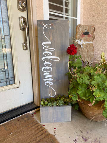 Welcome/ Planter
