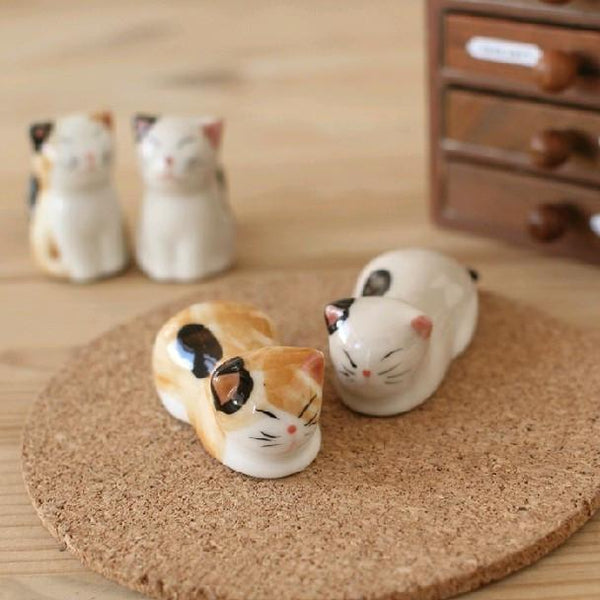 6 Piece Ceramic Cat Chopsticks Holders Set