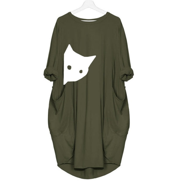 Women's Peeking Cat Fashionable Pocket T-Shirt