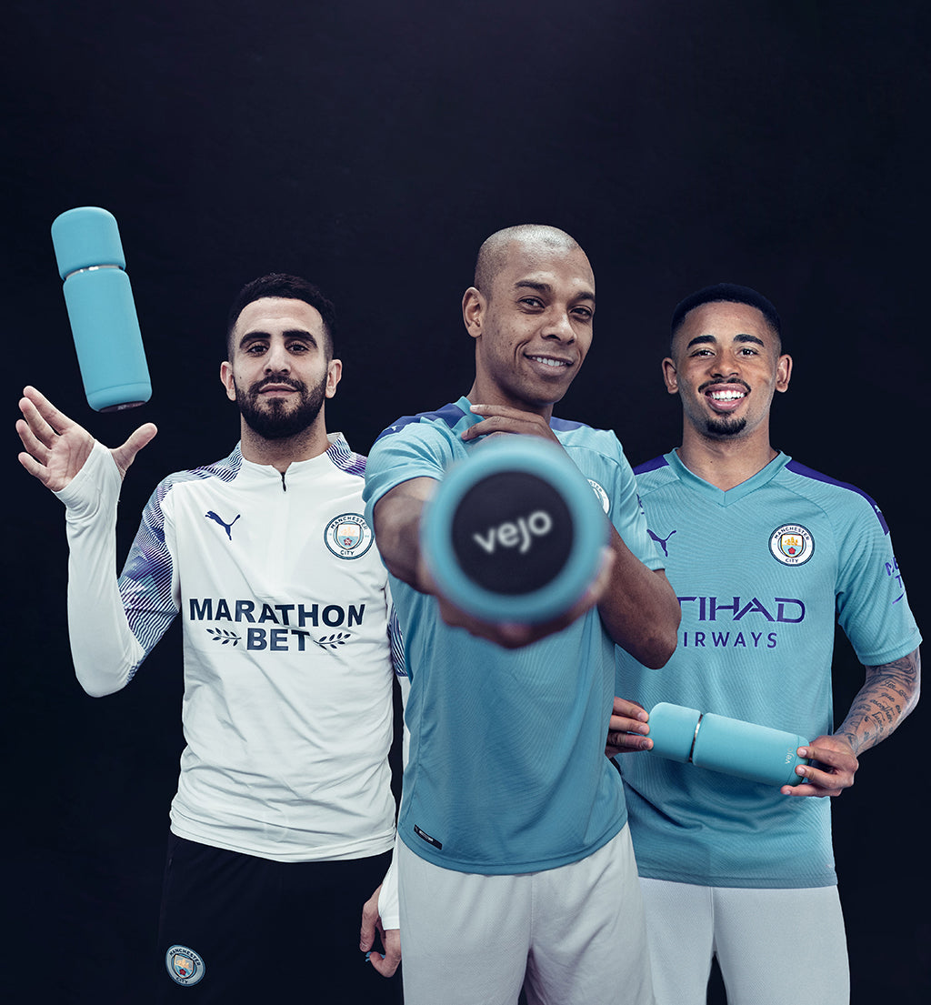 Riyad Mahrez, Fernandinho, & Gabriel Jesus enjoying their Cityzen Blue Vejos