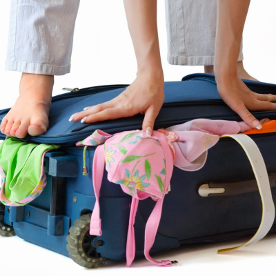 <b>HOW TO PACK A SUITCASE: PACKING TIPS FOR LIGHTER TRAVEL</b>