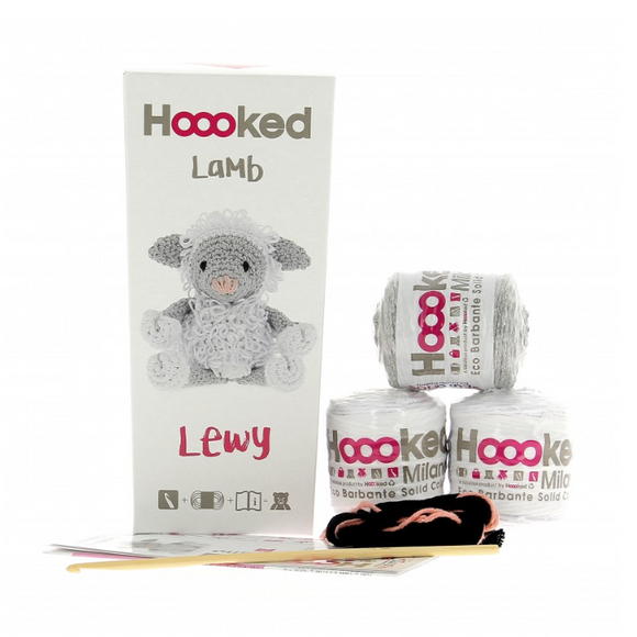 Lewy Lamb - Crochet Kit - Hoooked Eco Barbante