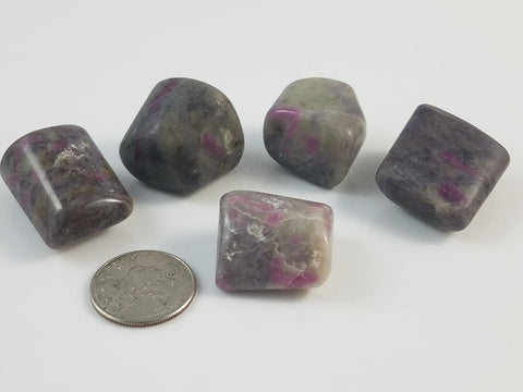 Ruby in Feldspar (5 pcs) - Moroccan Village