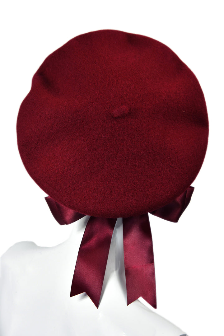 Red béret with bow béret rouge noeud