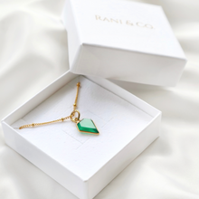 green onyx gemstone pendant necklace with gold satellite chain-Rani & Co.