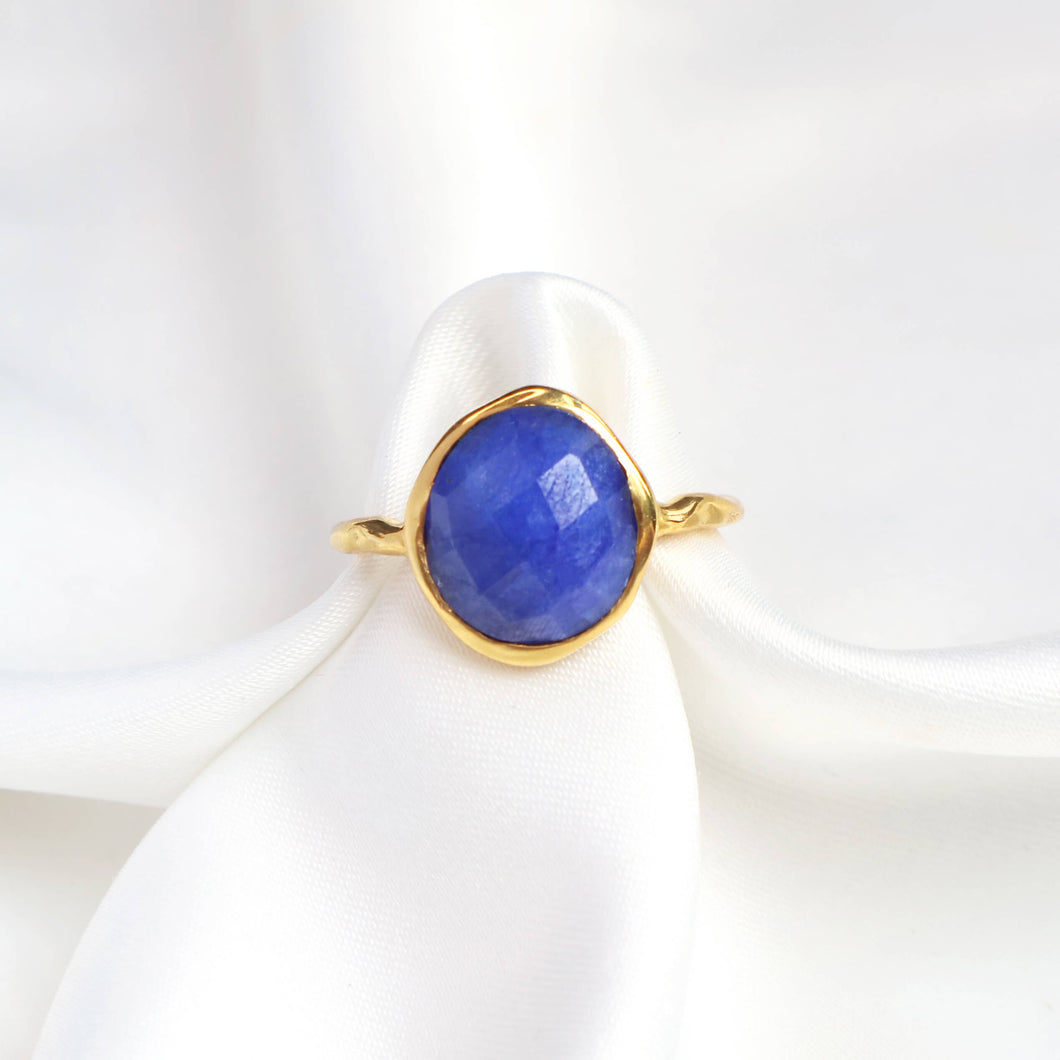 Dyed blue sapphire gold ring with 18k gold-plated hammered band-Rani & Co.