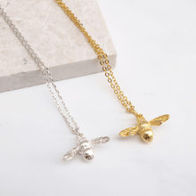 Silver Bumble Bee Necklace, rani and co, dainty minimal jewellery uk