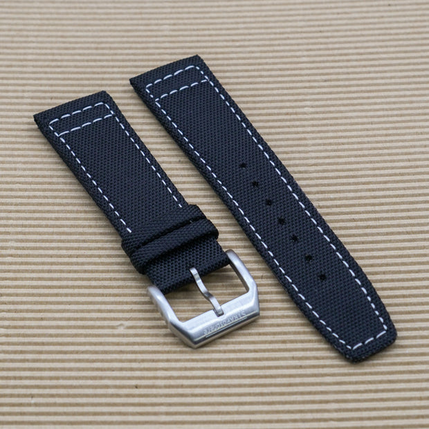 StrapoSAIL Black with White Stitching