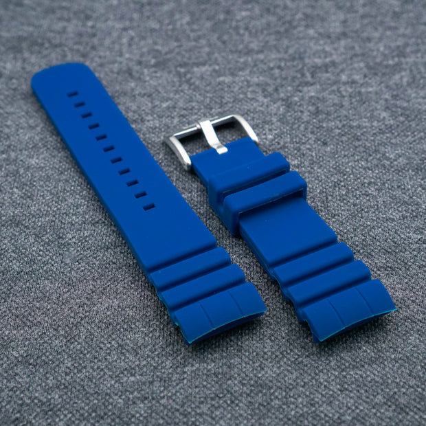 Hale Navy The TURTLE StrapoFIT Curved End Silicone
