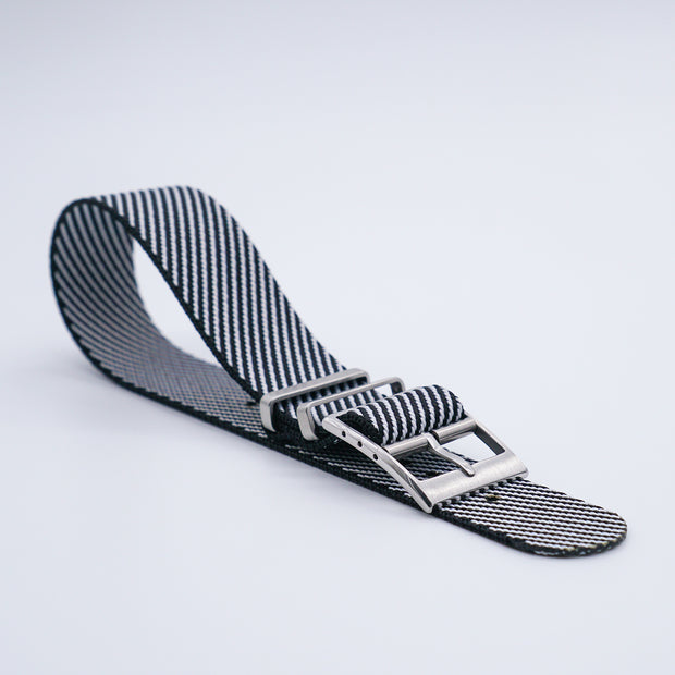 Black/White StrapoBELT 2.0 Adjustable Nato 20/22mm