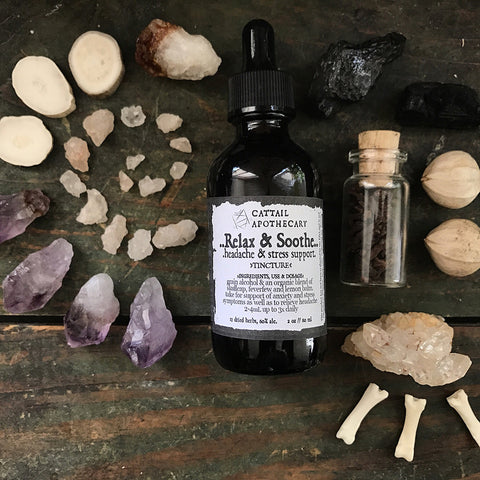 Relax & Soothe // Herbal Tincture Blend