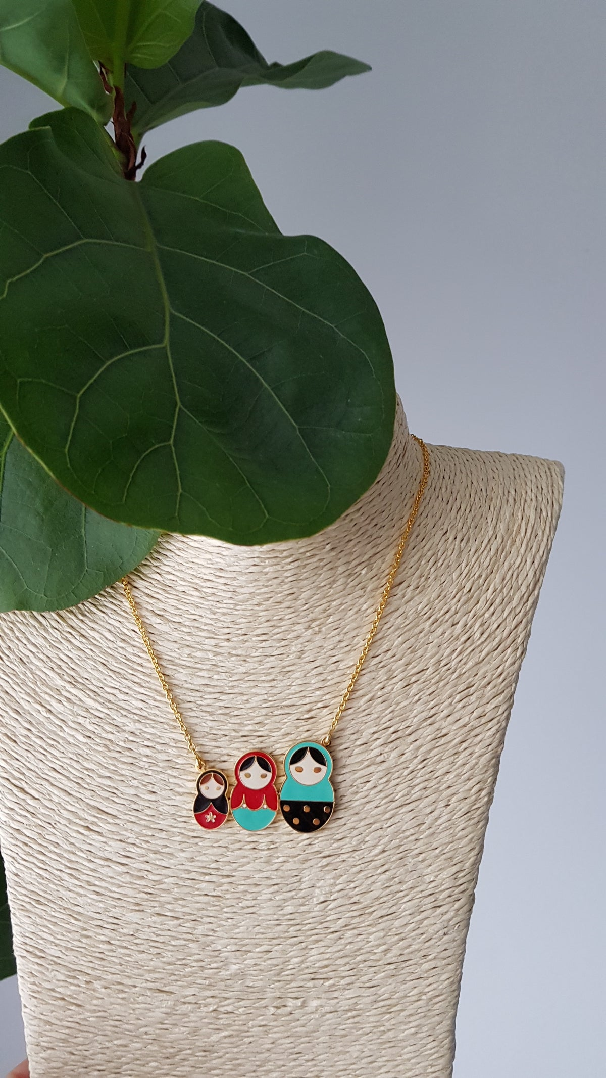 Yolanda Russian Dolls Necklace (Green+Black+Red)