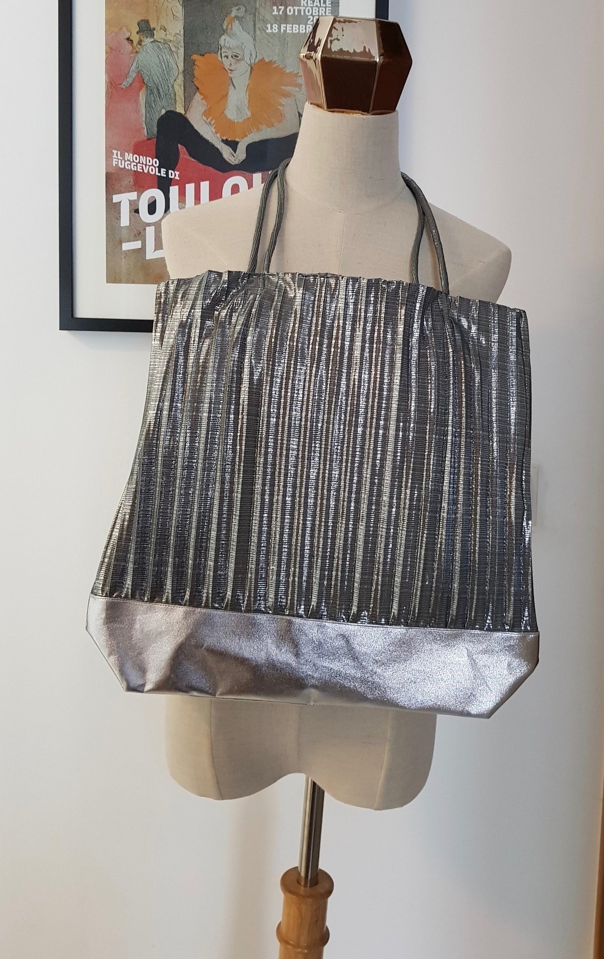 Yin Pleated Tote