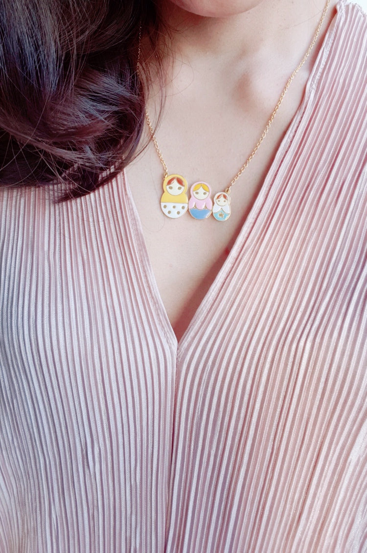 Yolanda Russian Dolls Necklace (Yellow+Pink+White)