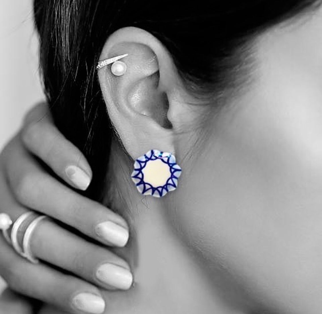 Shinna Ceramic Stud Earrings (Geometric)