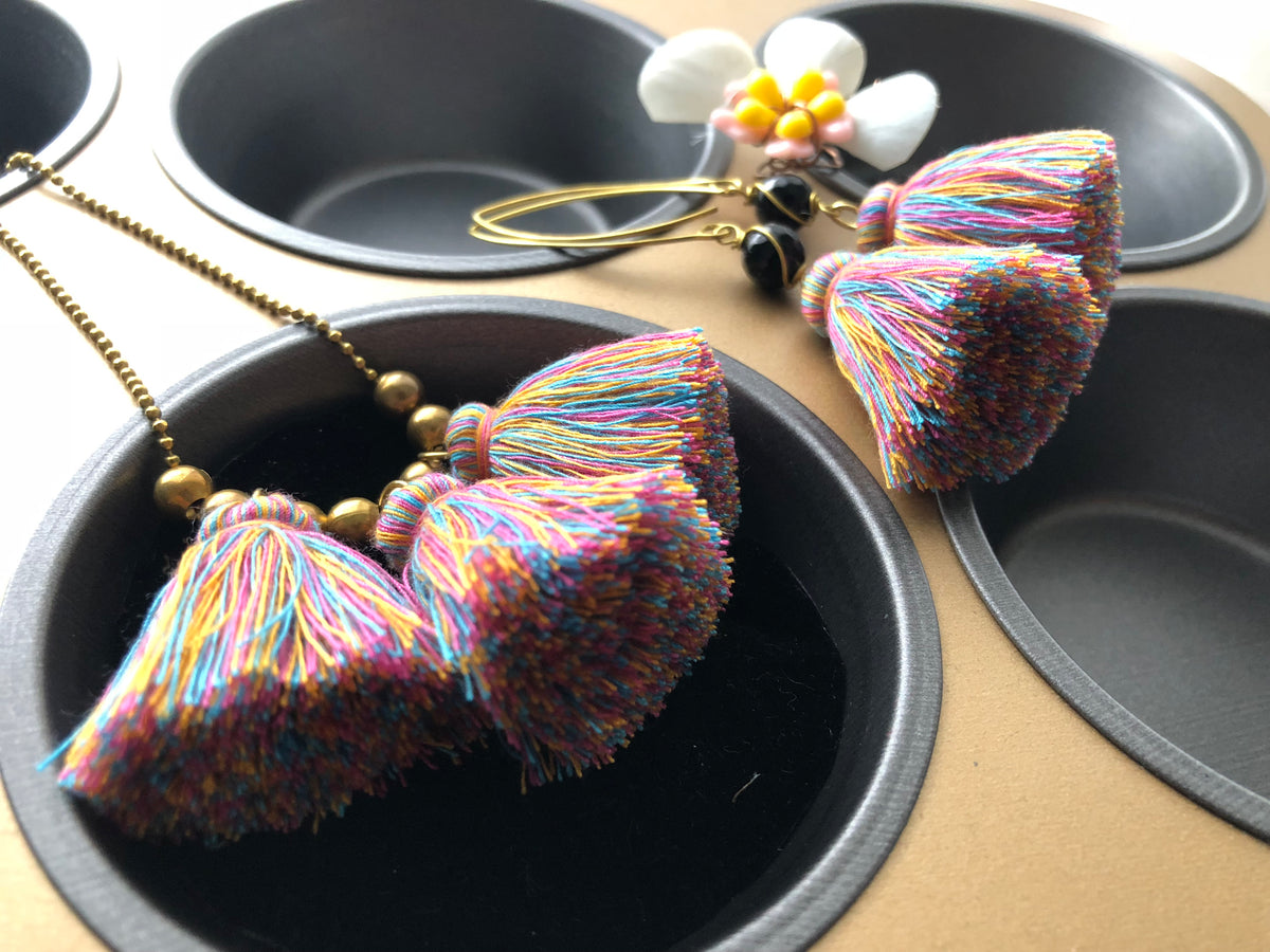 Nara Necklace (3 Tassels-Mixed colours)