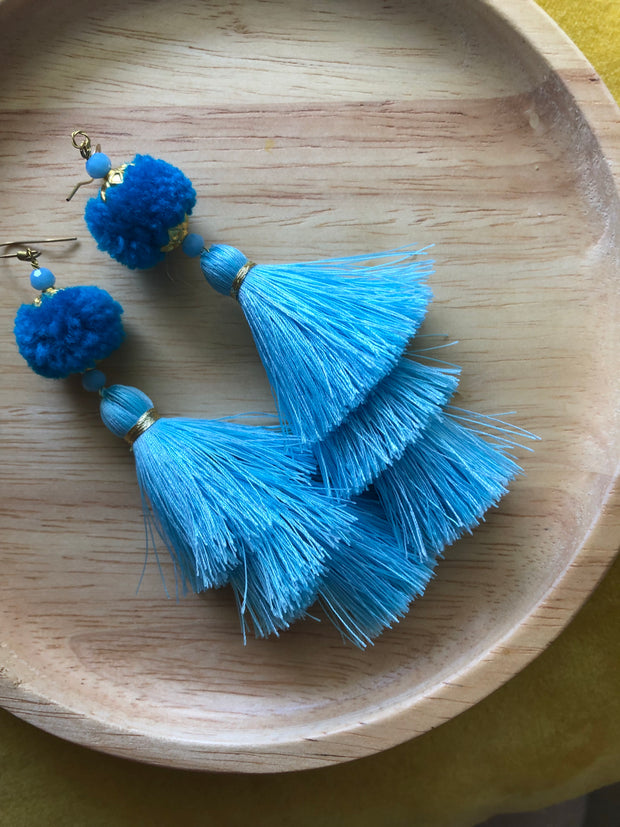 Warin three tier tassel earrings size M (All blue 20% off)