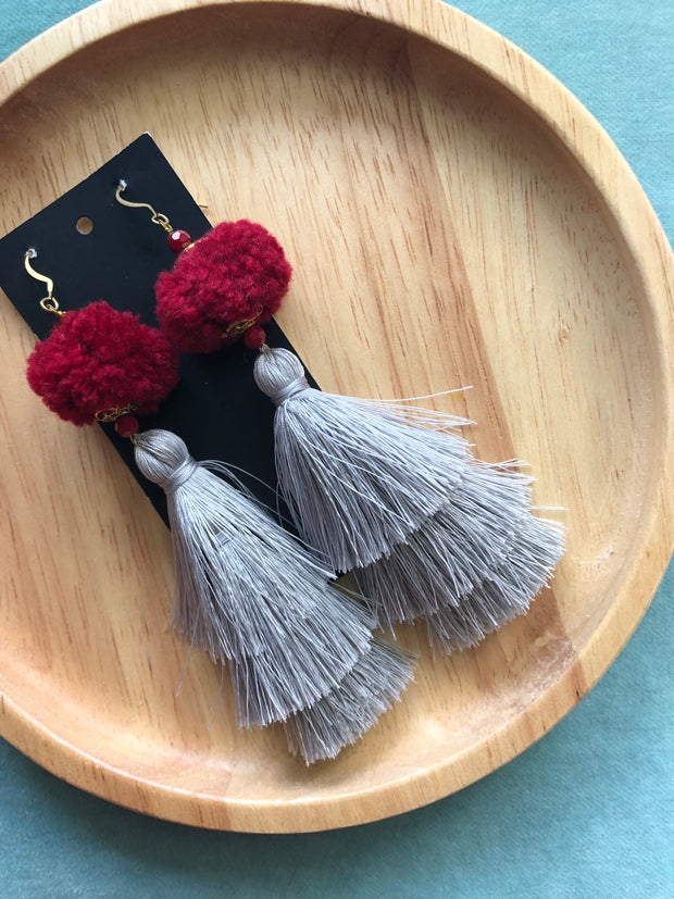 Warin Three Tiered Tassel Earrings Size L (Red Pom+Grey Tassel 20% OFF)