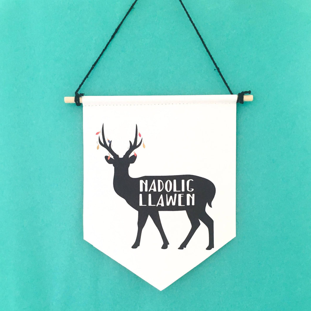 Carw Nadolig Llawen / Merry Christmas Deer Welsh Canvas Print Wall Banner