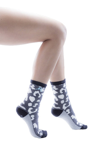 6 Pairs Womens Patterned Fuzzy Socks, Grippy Non Skid Sole