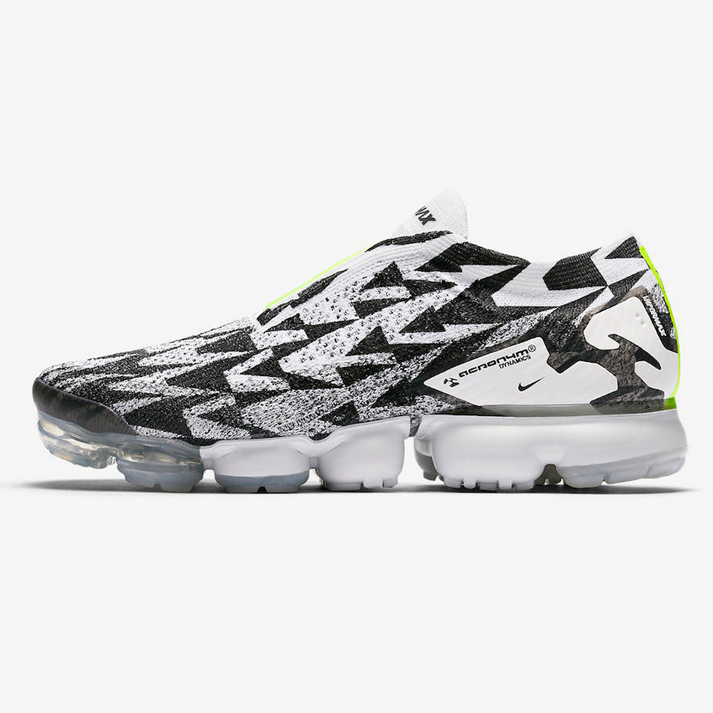uk availability a2172 2d14a Nike Air Vapormax Flyknit Moc 2
