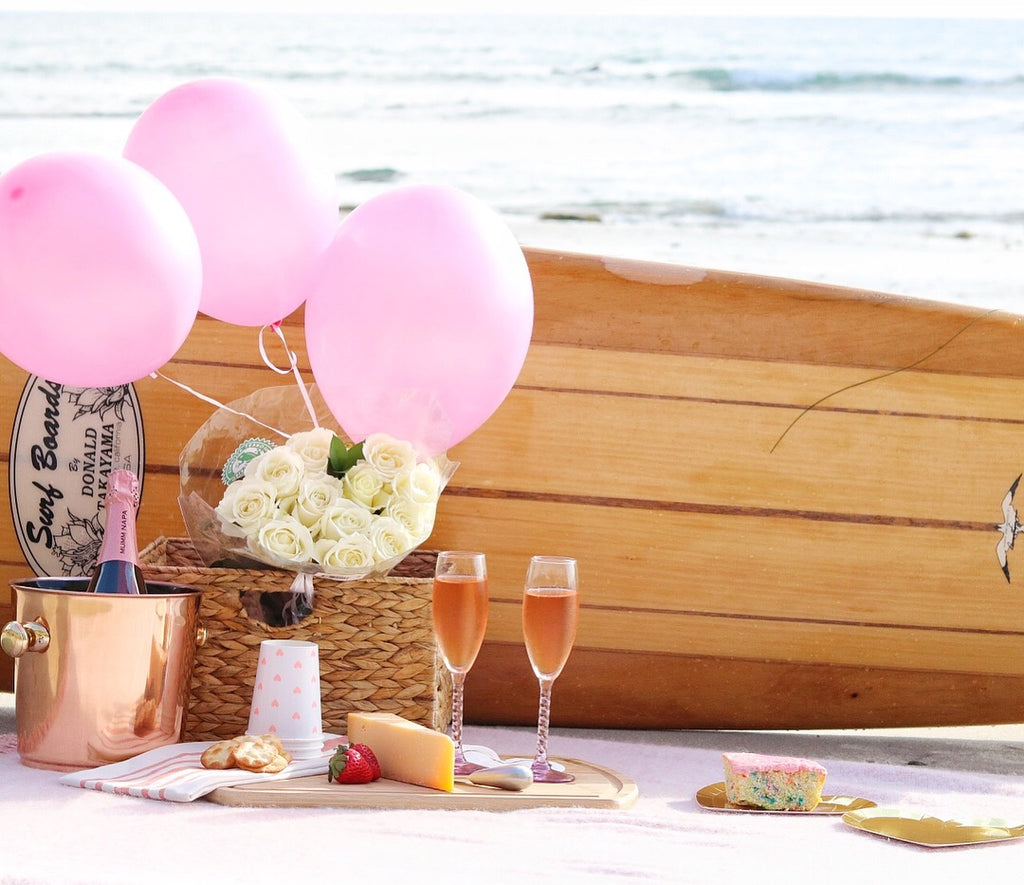 beach picnic for valentine's day