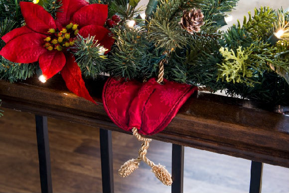 Rudolph Red Colored Banister Protecter Garland Tie