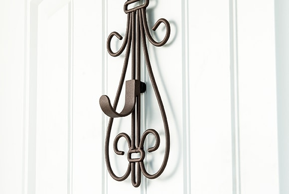 Adjustable Height Wreath Hanger Hook