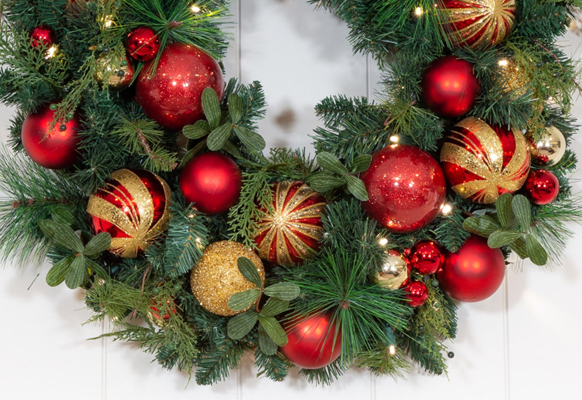 Christmas Classic Red and Gold Wreath - 30