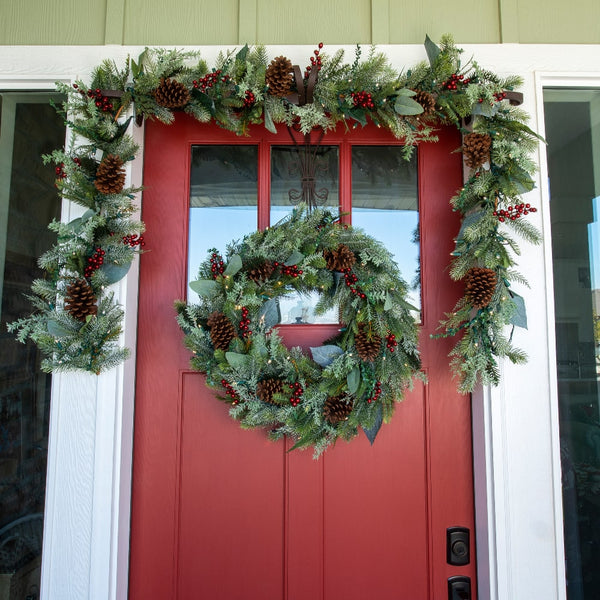 Winter Frost Decorated Wreath - Village Lighting Company