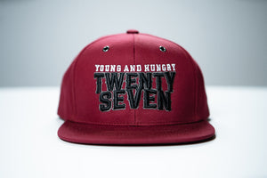 GORRA TWENTY SEVEN TEXT YOUNG & HUNGRY