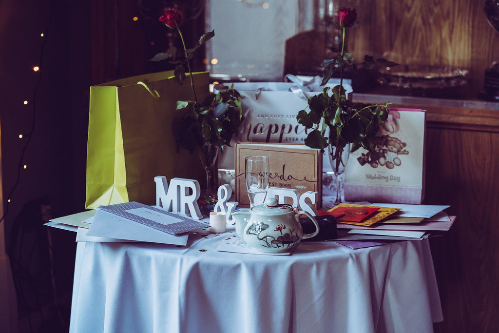 6 Steps To Simplify Your Wedding Registry