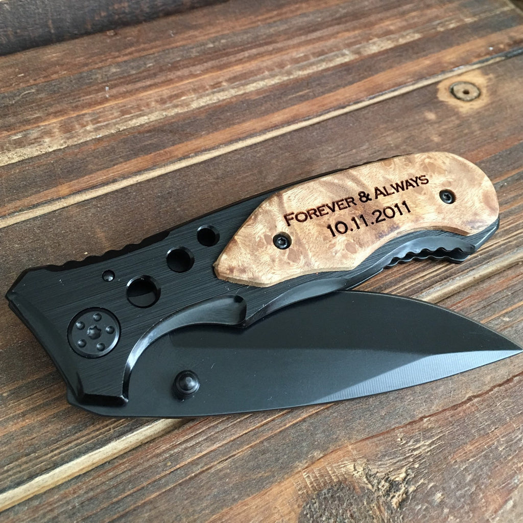 pocket knife engraved
