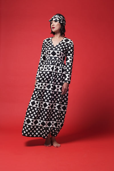 VINTAGE - Robe à motifs noirs et blancs en soie 1960 / Black and white pattern silk dress