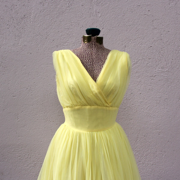 VINTAGE - Robe jaune 1950 Styled by Mindy New York / Styled by Mindy New York yellow dress from 1950