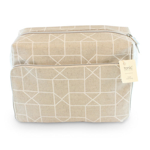 X-Large Wash Bag Geo White