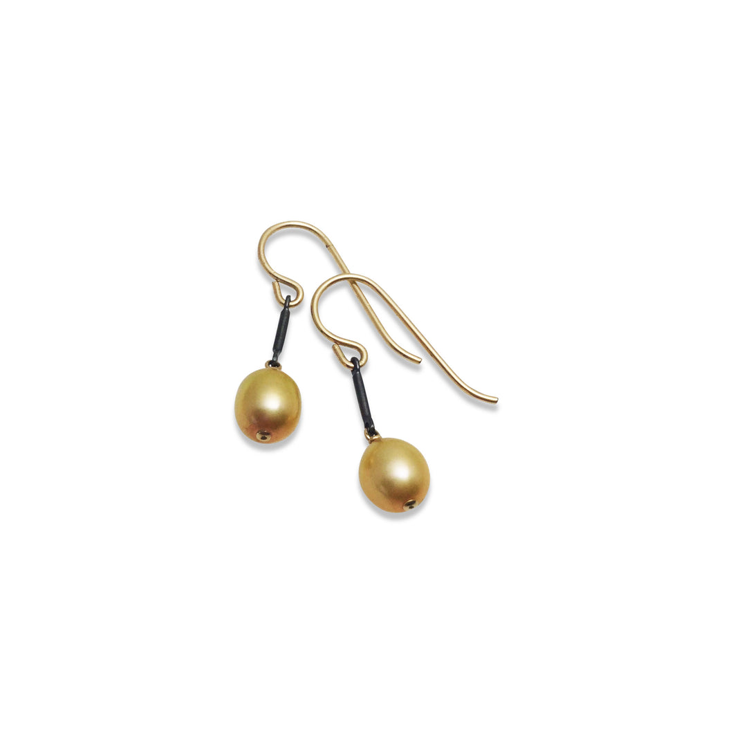 BRONZE PEARL TINY EARRINGS
