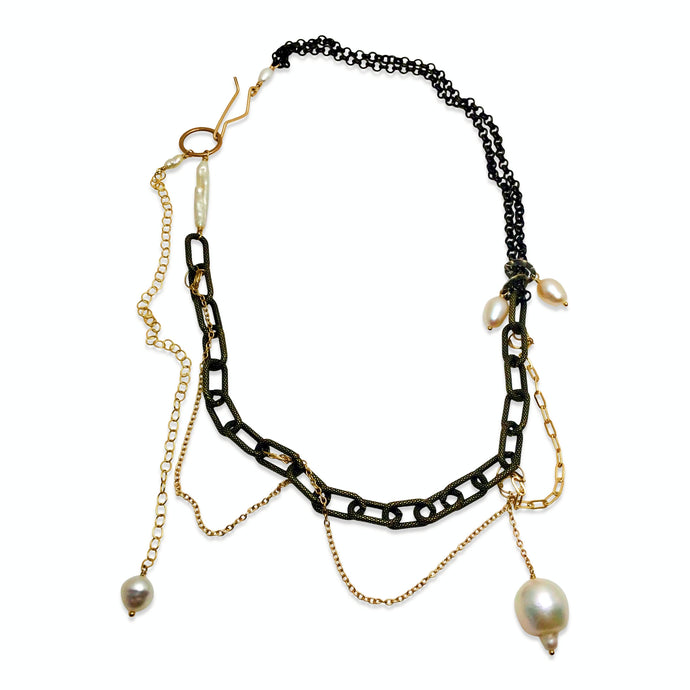 URBAN PEARL NECKLACE