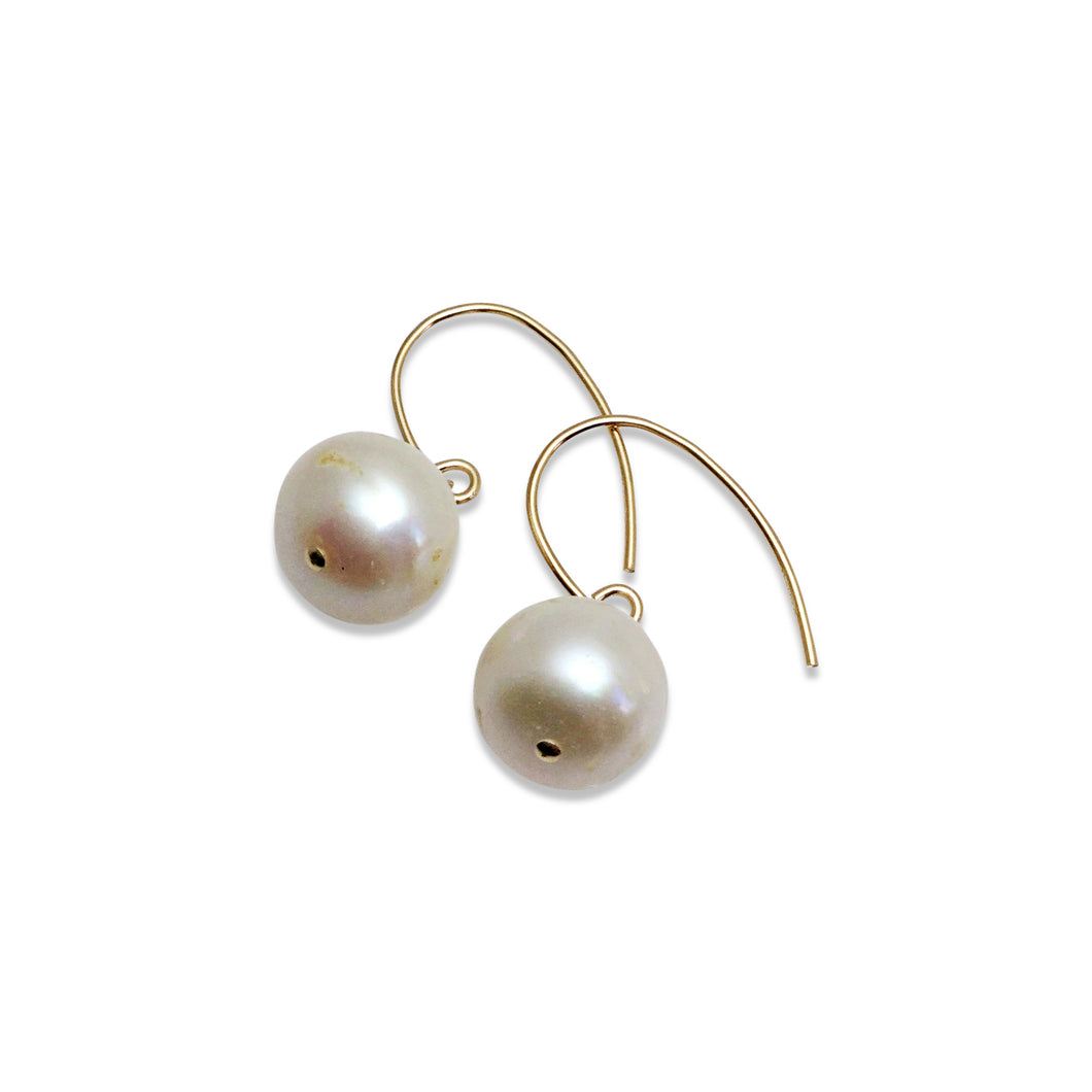 IVORY PEARL SIMPLE EARRINGS