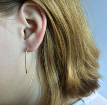 CURL EARRINGS - MEDIUM