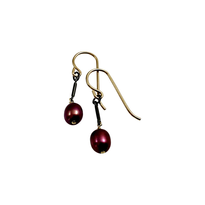 BERRY RED PEARL TINY EARRINGS