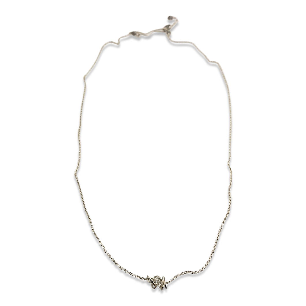 LOVER'S KNOT NECKLACE