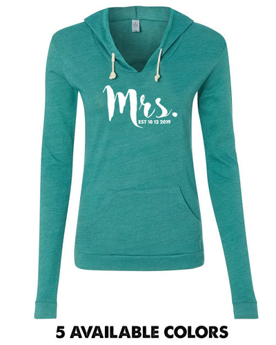 Mrs. With Custom Date - Eco-Jersey Classic Hooded Pullover T-Shirt - 1928
