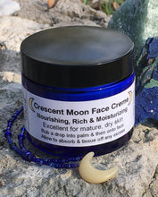 Crescent Moon Face Creme