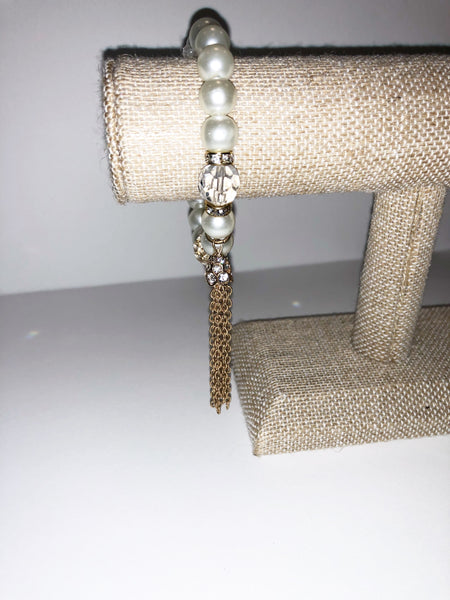 Pearl & Rhinestone stretch bracelet with tassel